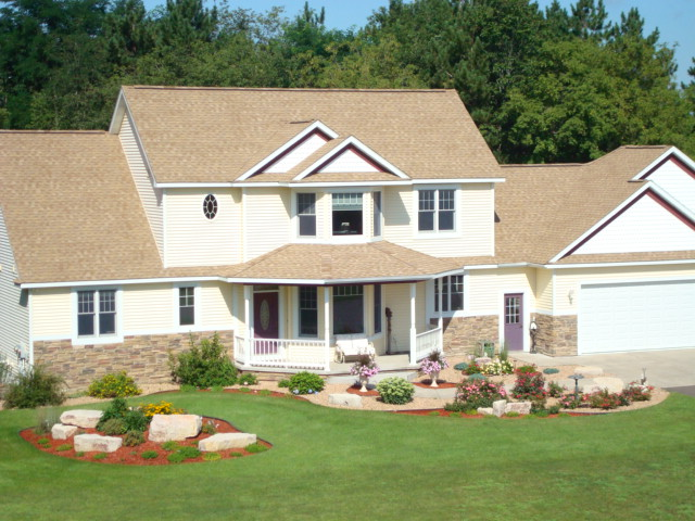 The Boulder Hills Landscaping Company are design-build landscaping experts that are dedicated to quality driven services at an affordable price!