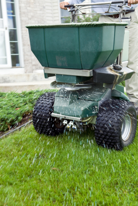 BHLCo uses only industry leading equipment when spreading and spraying your lawn, making us leaders of the industry for production and efficiency!